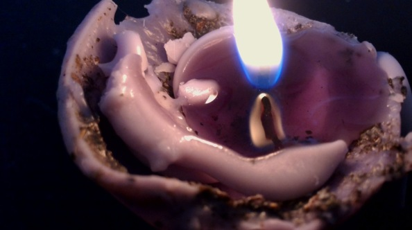 candle-up-close