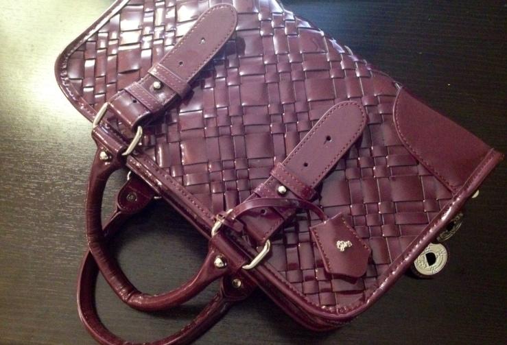 1 Handbag