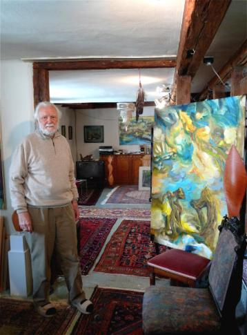 Hermann Haindl in his home, 2009. © Hermann Haindl. Image Source: http://erhard-metz.de/2009/03/22/portraets-hermann-haindl/