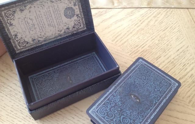 03 Prisma Visions Tarot - Box and Cards