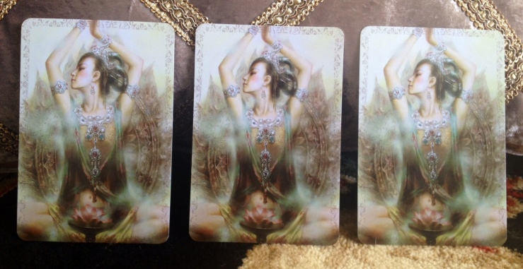 Kuan Yin Oracle Deck - 06 Pick a Card