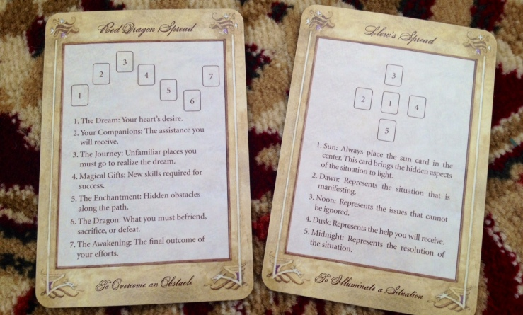 LlewellynTarot_Cardswith2Spreads