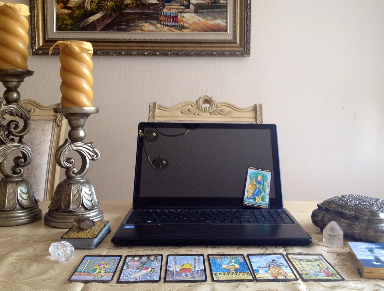 Practice Tips for Tarot Professionals Who Offer Online Services