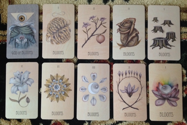 Wooden Tarot - Minors Blooms (Cups)
