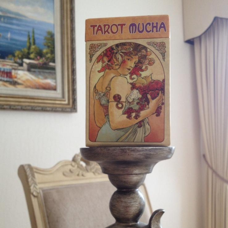Tarot Mucha 01 Box
