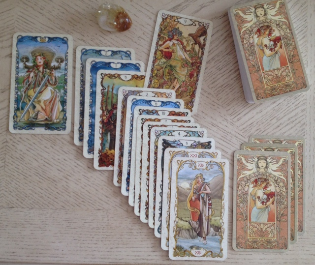 Tarot Mucha 14 Card Counting