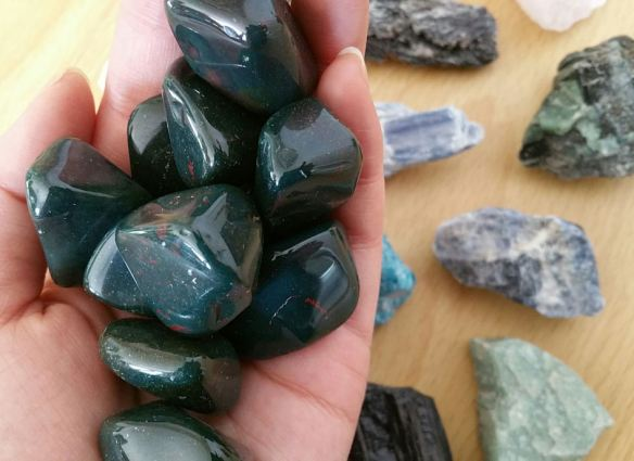 Gemstone Source Tip: Crystal River Gems in Pittsburgh | benebell wen