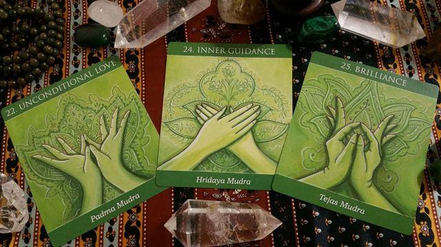 Mudras 16 Heart Chakra Cards