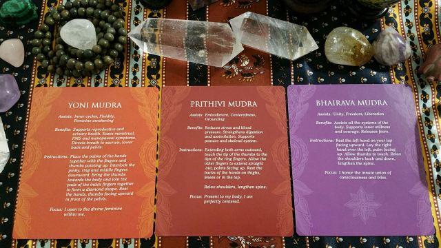 Mudras 23 Three Card Reading Info