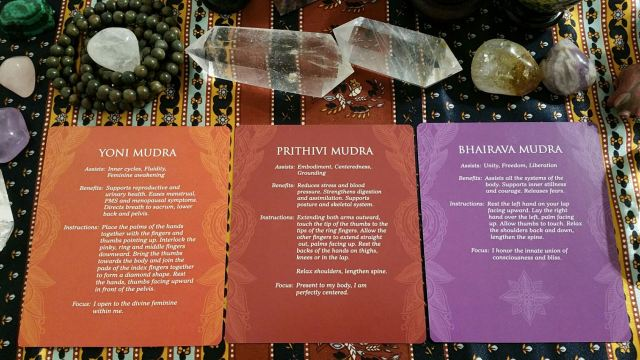 Mudras 23 Three Card Reading Info