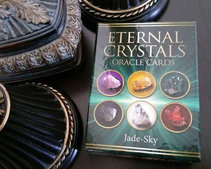 Eternal Crystals Oracle Cards 01 Box Cover