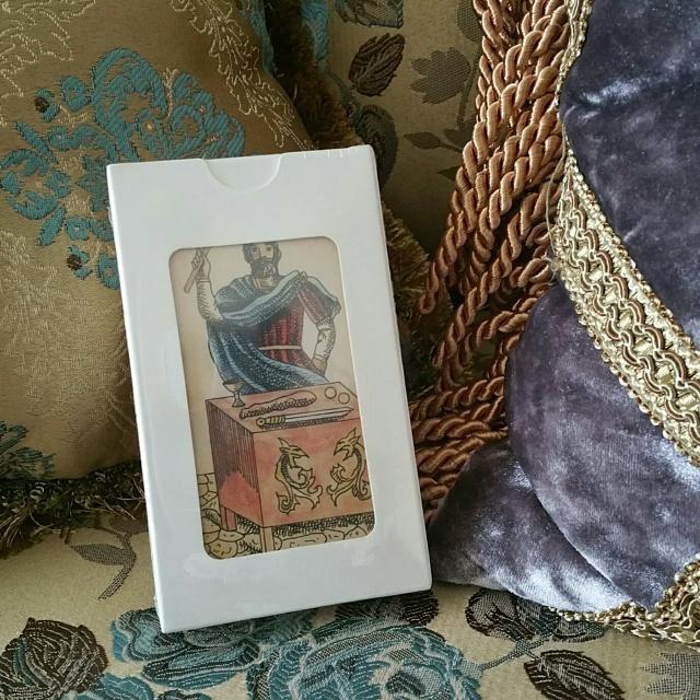 Dark Tarot Giveaway 1