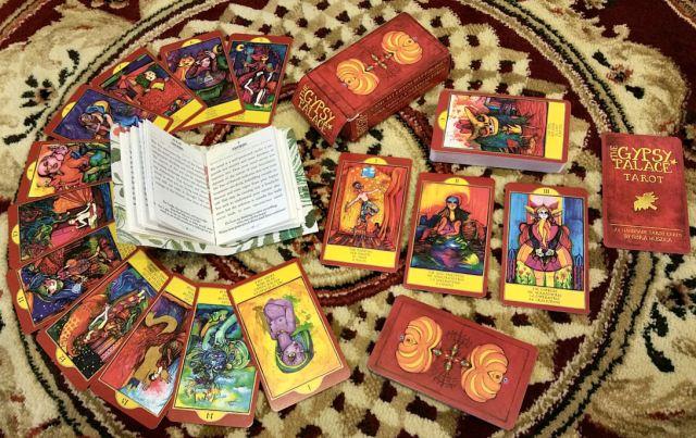 Gypsy Palace Tarot 03 Cards Spread
