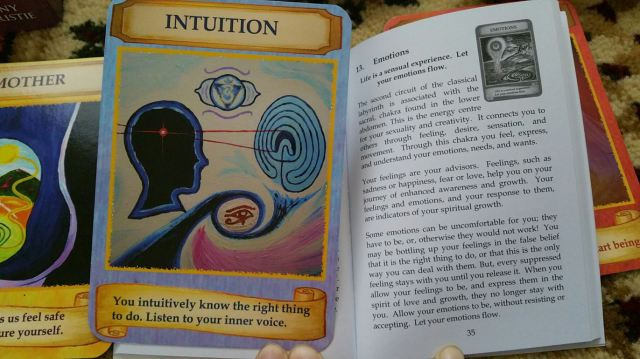 Labryinth Wisdom Cards 17 Intuition