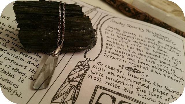 grimoire-book-of-shadows-bw-05-jewelry