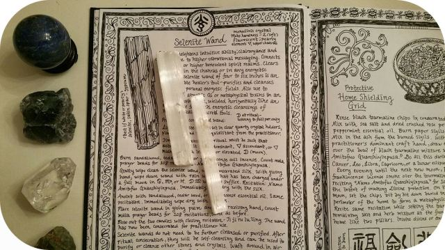 grimoire-book-of-shadows-bw-06-selenite-wands